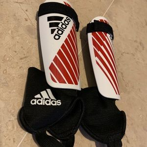 ⚽️ Adidas Soccer shin guards youth futbol football